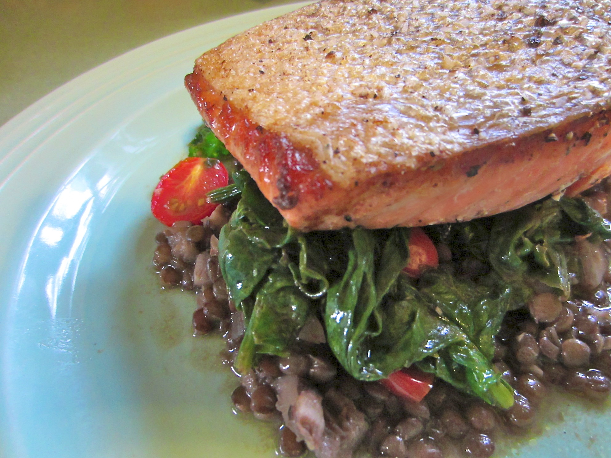 Salmon with Spinach and Lentils